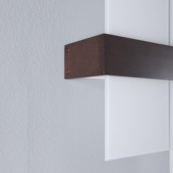 Wandleuchte aus Holz mit stilvollem Design und in ansprechender Optik